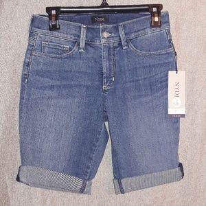 New NJDJ Briella Shorts Size 2